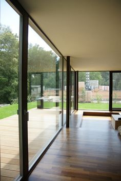 Luxury Sliding Door Judgment House u