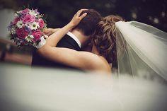 Weddings to Love Wedding Images, Wedding Pictures, Wedding Styles, Perfect Wedding, Dream Wedding, Wedding Day, Wedding Stuff, Wedding Dreams, Wedding Things