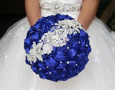 Blue Bridal Bouquet, Blue Rose Wedding Bouquet, Satin Rose Brooch Bouquet, Jewelry Wedding Bouquet, Bridal Bouquet,Diy Bouquet Flower Girl Bouquets Fresh Wedding Flowers From Linna1988, $55.82| Dhgate.Com