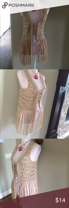 Umgee Knitted Brown Vest Umgee Knitted Tan Vest gently used Size Small Umgee Tops