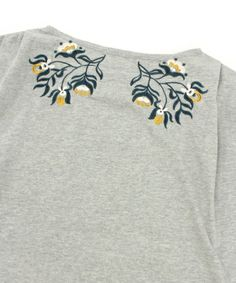 RNA-N(アールエヌエーエヌ)のM0343 オリエンタル刺繍ノースリーブプルオーバー(Tシャツ/カットソー)|詳細画像