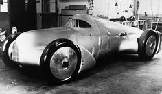 1935 Auto Union Rekordwagen Avus by kitchener.lord, via Flickr