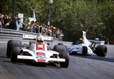 Rolf Stommelen, Hill-Ford GH1 & Carlos Pace, Brabham-Ford BT44B, 1975 Spanish GP, Montjuic Circuit