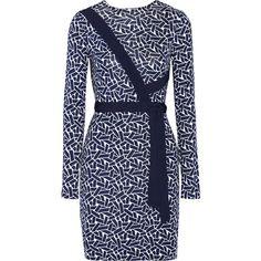 Diane von Furstenberg Vienna reversible printed silk-jersey wrap dress ($540) ❤ liked on Polyvore featuring dresses, blue, reverse dress, blue draped dress, wrap style dress, reversible dress and blue dress