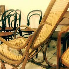 Arte em Palha (Empalhamentos, Itu/SP) Cel/Whats: 11 97040-6441 Tel: 11 4025-2175 Instagram: #arteempalha  #cadeira #cadeiradepalhinha #palhinha #canespotting #chair #chaircaning #restored #restore #silla #rejilla #decorhome #decor #decoração #decorations #interiors #interiordecor #vintage #vintagestyle #bomdiaaa #bomdia🌞 #bomdia #bomdiaa #bonjour #buongiorno #buendia #goodmorning #follow4follow