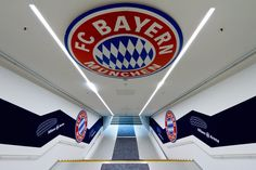 Tunnel to Glory - That's the tunnel that players from Bayern Munchen use to get inside the field of Allianz Arena, during the matches. I had the opportunity to walk through it with Champions League Anthem on the background. It was really touching, specially for a football fan like me.