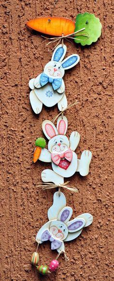 Eliane Artesanato: Cordão de coelhos Rabbit Crafts, Bunny Crafts, Foam Crafts, Diy And Crafts, Paper Crafts, Easter 2018, Easter Party, Easter Crafts For Kids, Summer Crafts