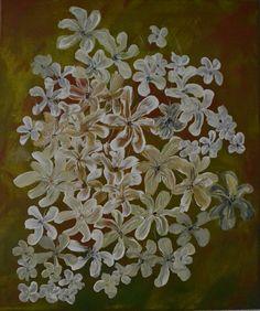 """""""Blumenträume im Herbst"""" - Wunderschöne weiße Blumen mit Acrylfarbe gemalt auf grünem Hintergrund. - Copyright: Elfensteins"""