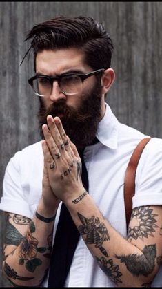 Beard N Tattoos // Hipster style Trendy Tattoos, Sexy Tattoos, Tattoos For Guys, Cool Tattoos, Tatoos, Undercut Tattoos, Tattooed Guys, Hipsters, Bart Tattoo