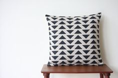 "18"" x 18"" Geometric Triangles Black and White Decorative Pillow Cover Cushion Cover Throw Cushion Cover Scandinavian"