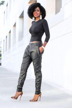 black women's fashion after world Black Fashion Bloggers, Black Women Fashion, Womens Fashion, Joggers Outfit, Fashion Joggers, Mode Outfits, Casual Outfits, Fashion Outfits, Fashion Boots