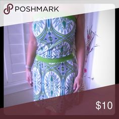 Comfortable green and white dress. FREE gift! Nice comfortable green and white dress that could be used for many occasions. Good condition. Size XS, but it is stretchy so it can fit S or M size as well. FREE gift inluded! You will love it. Mossimo Supply Co. Dresses Mini