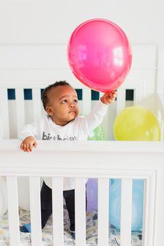 balloon, baby shoot montreal, birthday photo, Anthony J. 1st Birthday Photos, Montreal, Balloons, Baby, 1st Birthday Pictures, Globes, Newborns, Infant, Baby Baby