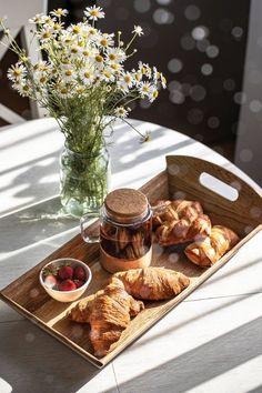 Candy Drinks, Italian Breakfast, Cookie Company, Fresh Bread, Tapas, Breakfast Recipes, Bakery, Vegan Recipes, Brunch