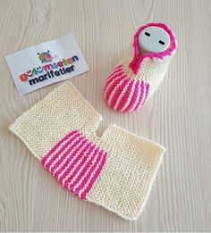 Image may contain: stripes, Baby Booties Knitting Pattern, Crochet Slipper Pattern, Knitted Booties, Baby Hats Knitting, Knitted Slippers, Crochet Baby Booties, Crochet Slippers, Baby Knitting Patterns, Knitting Socks