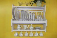WoodAndKing / Nostalgická kuchynská polica na taniere