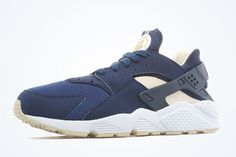 Don't Confuse These Nike Air Huaraches For An APC Collaboration - SneakerNews.com