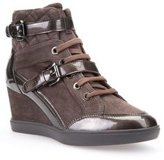 9664b3342486 Instantly upgrade your street style with a trend-savvy wedge sneaker  featuring a diamond-quilted collar