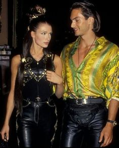 Carla Bruni and Marcus Schenkenberg attend Rock N Rule Benefit Versace Fashion Show on September 1992 at the Park Avenue Armory in New York City. Photo by Ron Galella Donatella Versace, Gianni Versace, Versace Versace, Prada Spring, Versace Fashion, Versace Dress, Lookbook Mode, Fashion Lookbook, Elizabeth Hurley
