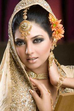 Asian-Bridal-Make-Up