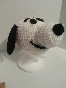 Free Charlie Brown's Snoopy the Dog Character Hat Crochet Pattern (23)