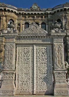 Foto del Giovedi (35) La Porta sul Bosforo del Küçüksu Kasrı Vedi le altre Foto…
