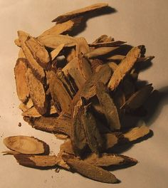 Licorice root. Licorice candy does not come from licorice root. Licorice candy comes from fennel seeds an entirely different plant. Licorice is used in Chinese traditional medicine as flavor and makes a tea from slices of the root excellent cough/sore throat remedy.