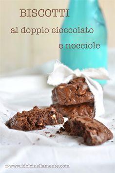 I dolci nella mente: Biscotti al doppio cioccolato e nocciole...veloci, stragolosi e anche gluten-free!