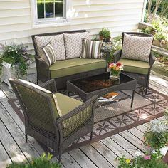 Genial Deck Furniture I Like The Two Tone Cushions