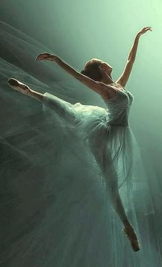 ✹═══ The way to dance with Poise & Elegance! ═══✹