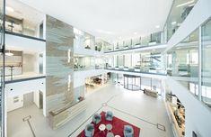 Farstad Shipping ASA - Atrium design by Iark. Scandinavian Office, Scandinavian Design, Design Elements, Modern Design, Atrium Design, Bright Office, Interior Ideas, Interior Design, Interior Architecture
