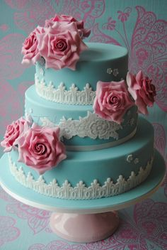 Blue, Lace & Roses Wedding Cake