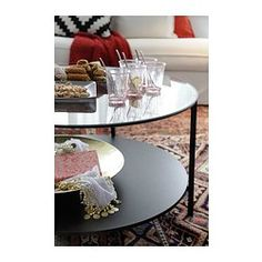 VITTSJÖ Coffee table IKEA Tempered glass and metal are hardwearing materials that give an open, airy feel. Ikea Paint, Ikea Coffee Table, Ikea Usa, Ikea Living Room, Gaudi, Simple House, Apartment Living, Home Decor Inspiration, Centerpieces
