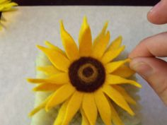 Wool felt sunflowers with a needle felted center || Living Crafts blog