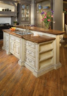 Find out the best and awesome kitchen island design & ideas for your dream kitchen Kitchen Island With Legs, Kitchen Island With Seating, Diy Kitchen Island, Kitchen Cabinets, Stock Cabinets, Island Table, Gray Cabinets, Wall Cabinets, Ikea Cabinets