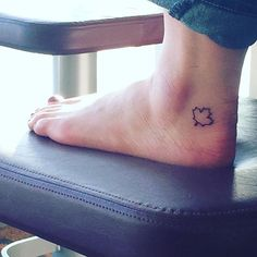 21 Tattoos That Celebrate Our Love of Travel Tattoos And Body Art nearest tattoo parlor Skull Tattoos, Life Tattoos, Body Art Tattoos, Tattoos For Guys, Tatoos, Tribal Tatto, Cool Chest Tattoos, Most Popular Tattoos, Get A Tattoo