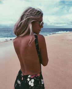 floral Summer Of Love, Summer Beach, Summer Time, Summer Sun, Summer Days, Nice Bikinis, Summer Photos, Swimsuits, Swimwear