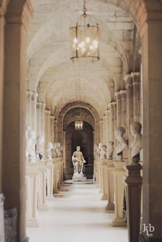 Castle Howard Corridor running between the West Wing and the Great Hall. It is lined with busts of classical figures and mythological scenes. Yorkshire, England, UK.