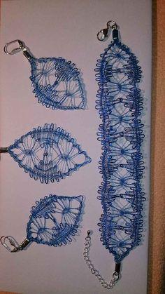 Lila Pause, Lace Bag, Lace Decor, Lace Making, Flower Applique, Bobbin Lace, Lace Flowers, Knitting Socks, Crochet