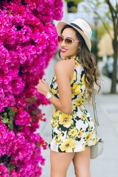 Spring Flowers, Spring Outfits, Sunnies, Fashion Forward, Swag, Outfit Ideas, Feminine, Spring Summer, Glamour