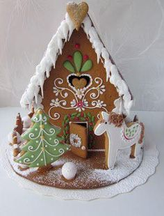 GINGERBREAD HOUSE WITH HORSE