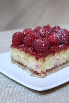 Raspberry plush pie Source by Thermomix Desserts, No Cook Desserts, Sweet Desserts, Easy Desserts, Sweet Recipes, Dessert Recipes, French Patisserie, Icebox Cake, Oreo Cheesecake