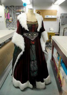 Ghost Of Christmas Present Costume.Christmas Present Costume