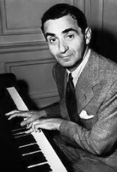 Irving Berlin - was one of the few Tin Pan Alley/Broadway songwriters who wrote both lyrics and music for his songs. Although he never learned to read music beyond a rudimentary level, he composed over songs. Jazz Artists, Music Artists, Jazz Musicians, Irving Berlin, Piano Man, Jazz Guitar, Old Music, Music Composers, Famous People