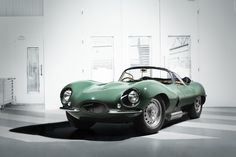 No, you're not seeing things and yes, this is a looking jaguar associated with a 2017 nametag. The 2017 Jaguar XKSS is a revival program that shook everyone at Los Angeles, with Jaguar officially on a mission to make history once more. Jaguar Type E, New Jaguar, Jaguar Cars, Jaguar Xk, Range Rover, Lamborghini Miura, Automobile, Grand Prix, Classic Cars
