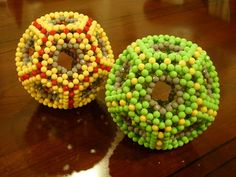THE BEADED MOLECULES 串珠分子模型的美妙世界: Dodecahedron