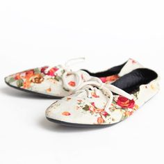 Forever Foldable Indie Flats In Cream 43.99 at shopruche.com. These foldable shoes fit in your purse and solve the problem of painful feet after wearing heels all day. These cream floral print oxford shoes have a slightly padded sole, with a plastic bottom that is easily bendable. Be comfortable and fashionable in these darling shoes that are perfect for travelling.  All man-made materials  Li...