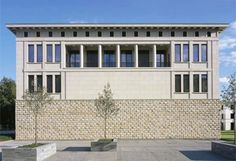 Central bank of the Free States of Saxony and Thuringia, Meiningen, Thuringia, Hans Kollhoff, 2000