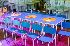 Adam's Emoji-fied Themed Party – Kiddie tables Emoji Theme Party, Party Themes, Party Ideas, Adam S, Kid Table, Heart For Kids, 1st Birthdays, Balloon Decorations, Pretty Cool