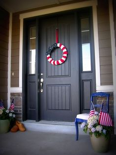 love patriotic front porch, love that door & color too